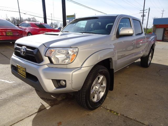 2012 Toyota Tacoma V6 - Photo 9 - Cincinnati, OH 45255