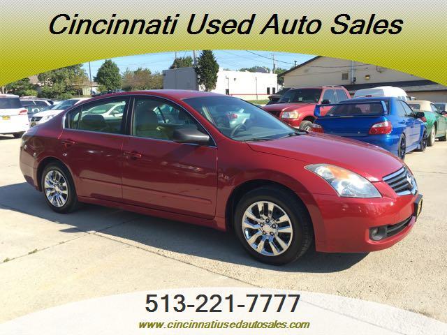 2009 Nissan Altima 2.5 S - Photo 1 - Cincinnati, OH 45255