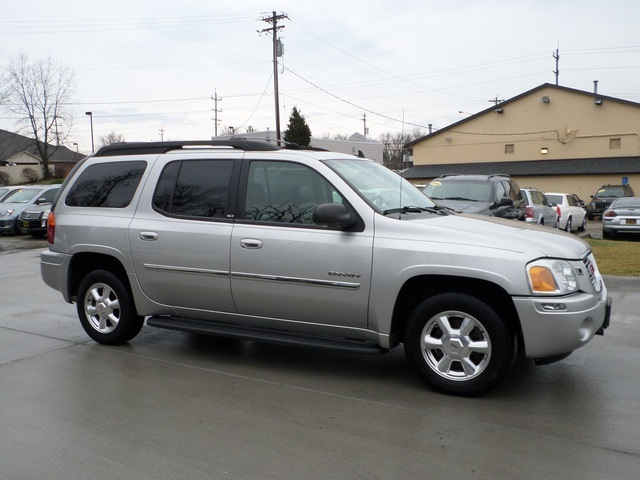 2006 gmc envoy xl slt for sale in cincinnati oh stock. Black Bedroom Furniture Sets. Home Design Ideas