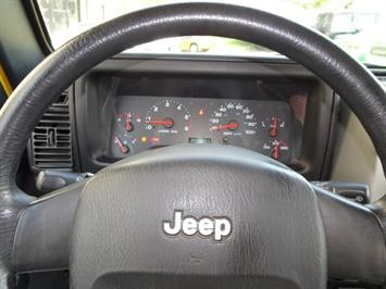 2004 Jeep Wrangler X 2dr - Photo 16 - Cincinnati, OH 45255