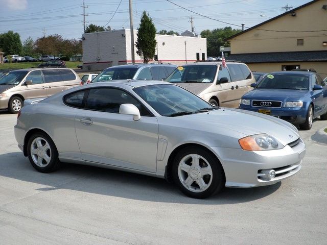 Delightful 2003 Hyundai Tiburon GT V6   Photo 1   Cincinnati, OH 45255