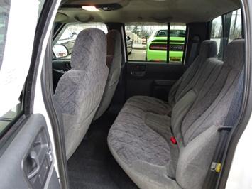 2002 Chevrolet S-10 LS 4dr Crew Cab LS - Photo 8 - Cincinnati, OH 45255