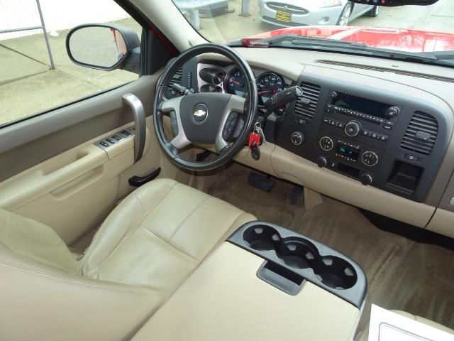 2013 Chevrolet Silverado 1500 LT - Photo 12 - Cincinnati, OH 45255