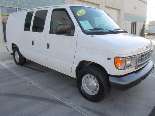 1999 Ford E-Series Van E150 CARGO VAN  V8 - Photo 7 - Las Vegas, NV 89118