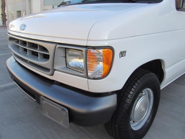 1999 Ford E-Series Van E150 CARGO VAN  V8 - Photo 36 - Las Vegas, NV 89118