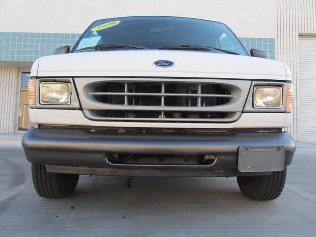 1999 Ford E-Series Van E150 CARGO VAN  V8 - Photo 9 - Las Vegas, NV 89118