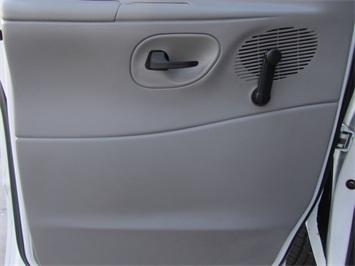 1999 Ford E-Series Van E150 CARGO VAN  V8 - Photo 46 - Las Vegas, NV 89118
