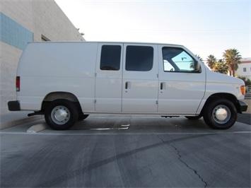 1999 Ford E-Series Van E150 CARGO VAN  V8 - Photo 13 - Las Vegas, NV 89118
