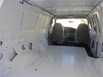 1999 Ford E-Series Van E150 CARGO VAN  V8 - Photo 17 - Las Vegas, NV 89118