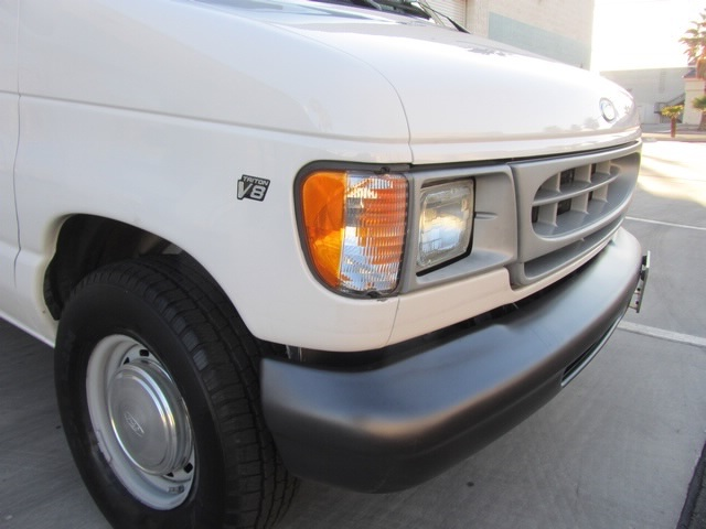 1999 Ford E-Series Van E150 CARGO VAN  V8 - Photo 35 - Las Vegas, NV 89118