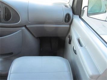 1999 Ford E-Series Van E150 CARGO VAN  V8 - Photo 30 - Las Vegas, NV 89118