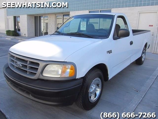 2001 Ford F-150 XL - Photo 3 - Las Vegas, NV 89118