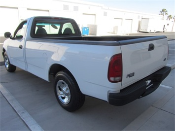 2001 Ford F-150 XL - Photo 5 - Las Vegas, NV 89118