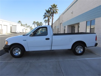 2001 Ford F-150 XL - Photo 9 - Las Vegas, NV 89118