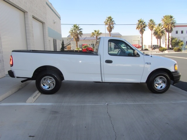 2001 Ford F-150 XL - Photo 6 - Las Vegas, NV 89118