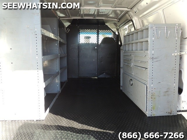 2004 Ford E-Series Cargo E-250 - Photo 2 - Las Vegas, NV 89118