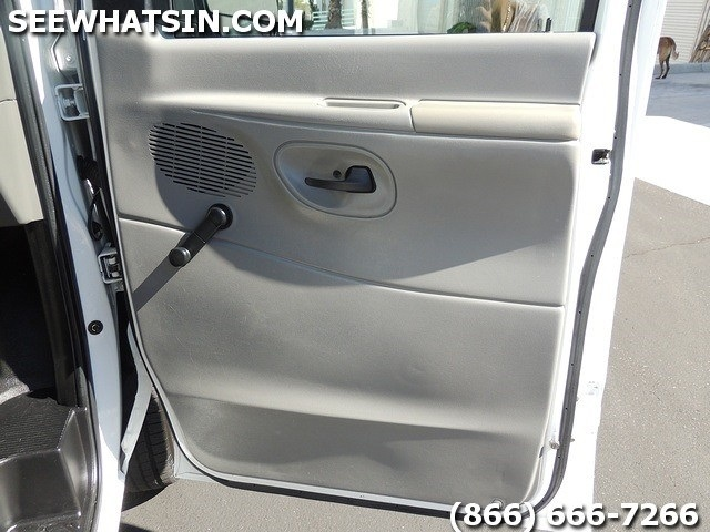 2004 Ford E-Series Cargo E-250 - Photo 23 - Las Vegas, NV 89118