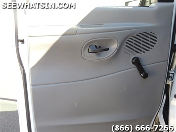 2004 Ford E-Series Cargo E-250 - Photo 16 - Las Vegas, NV 89118