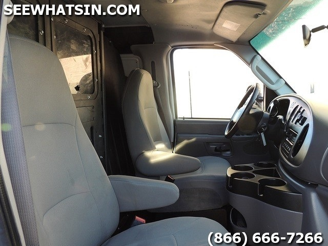 2008 Ford E-Series Cargo E-250 Cargo Van - Photo 31 - Las Vegas, NV 89118