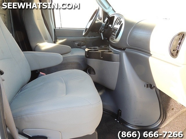 2008 Ford E-Series Cargo E-250 Cargo Van - Photo 32 - Las Vegas, NV 89118