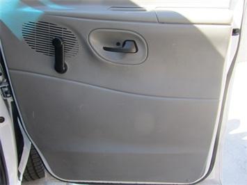2004 Ford Econoline Cargo - Photo 26 - Las Vegas, NV 89118