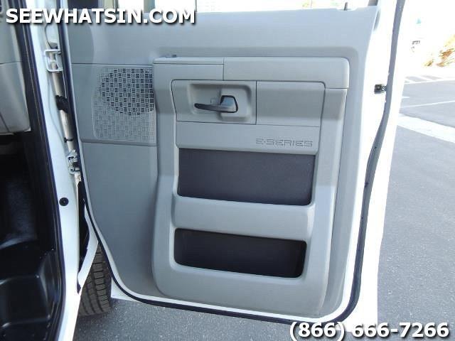 2011 Ford E-Series Cargo E350 E-350 EXTENDED CARGO - Photo 29 - Las Vegas, NV 89118