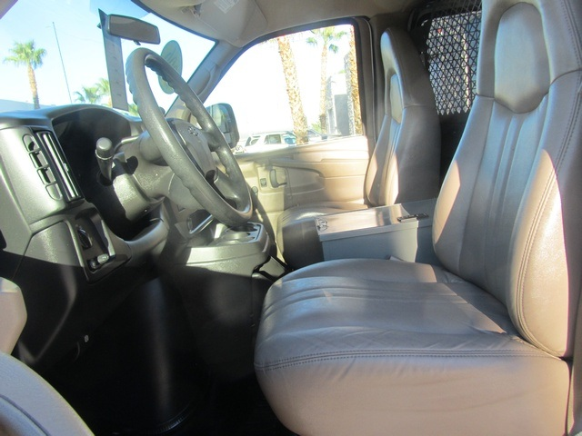 2006 Chevrolet Express 1500 - Photo 40 - Las Vegas, NV 89118