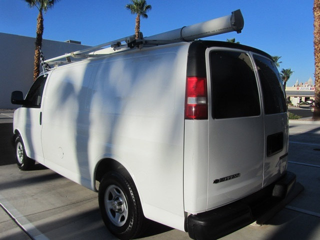 2006 Chevrolet Express 1500 - Photo 12 - Las Vegas, NV 89118