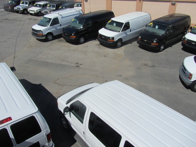 2006 Chevrolet Express 1500 - Photo 58 - Las Vegas, NV 89118
