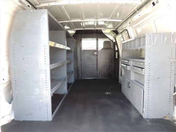 2009 Ford E-Series Cargo E-250 Van