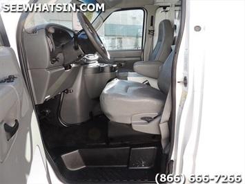 2006 Ford E-Series Cargo E-250 - Photo 5 - Las Vegas, NV 89118