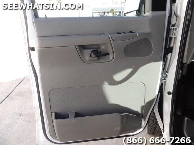 2006 Ford E-Series Cargo E-250 - Photo 35 - Las Vegas, NV 89118