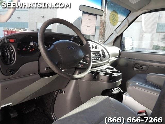 2006 Ford E-Series Cargo E-250 - Photo 39 - Las Vegas, NV 89118
