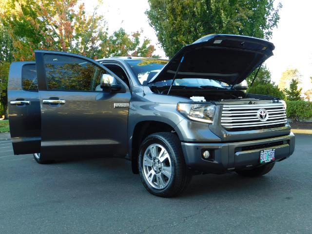 2015 Toyota Tundra PLATINUM / CrewMax / 4WD / FULLY LOADED / 1-OWNER - Photo 29 - Portland, OR 97217