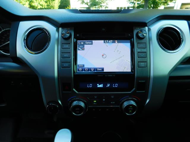 2015 Toyota Tundra PLATINUM / CrewMax / 4WD / FULLY LOADED / 1-OWNER - Photo 19 - Portland, OR 97217