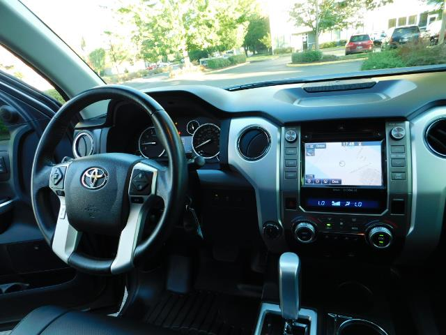 2015 Toyota Tundra PLATINUM / CrewMax / 4WD / FULLY LOADED / 1-OWNER - Photo 37 - Portland, OR 97217