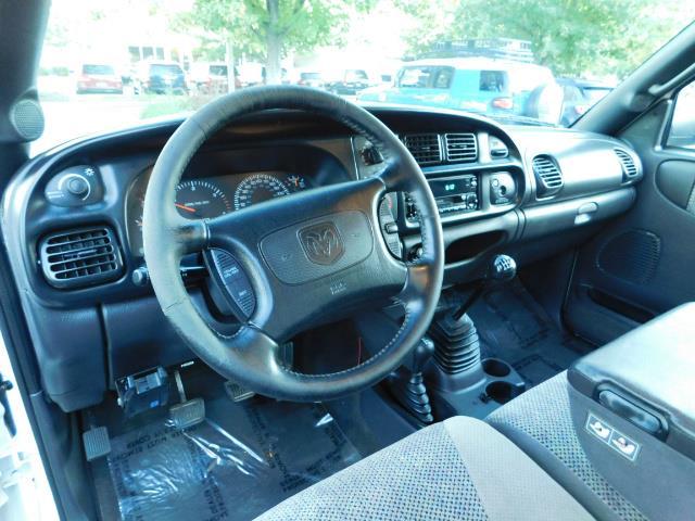 1998 Dodge Ram 2500 4X4 5-SPEED / 5.9 L CUMMINS Diesel / LIFTED !!! - Photo 17 - Portland, OR 97217