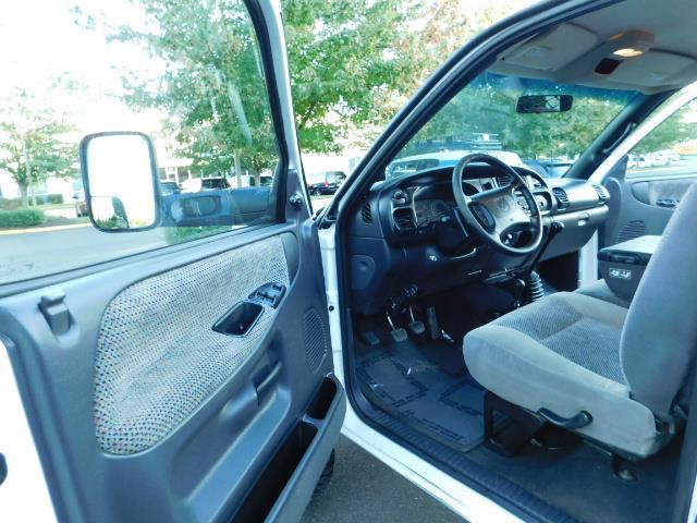 1998 Dodge Ram 2500 4X4 5-SPEED / 5.9 L CUMMINS Diesel / LIFTED !!! - Photo 13 - Portland, OR 97217