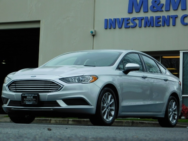 2017 Ford Fusion SE / 4Dr Sedan / Backup Camera / ONLY  10K MILES - Photo 43 - Portland, OR 97217