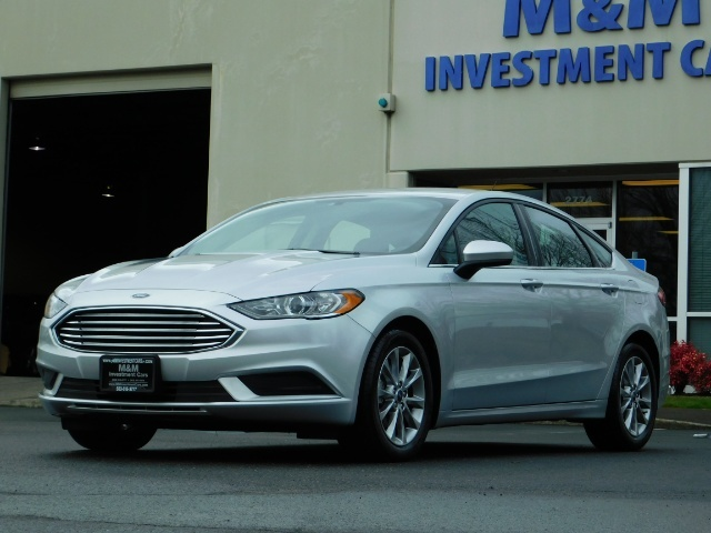2017 Ford Fusion SE / 4Dr Sedan / Backup Camera / ONLY  10K MILES - Photo 47 - Portland, OR 97217