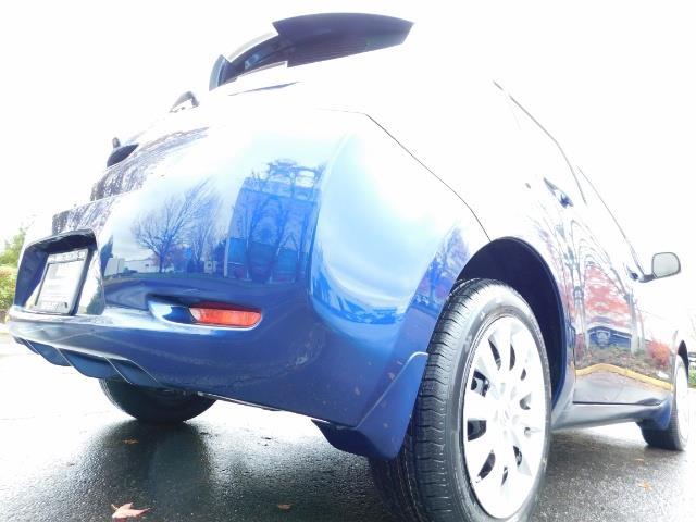 2016 Nissan Leaf S-24 / Backup camera / Quick Charge Port / 1-OWNER - Photo 11 - Portland, OR 97217