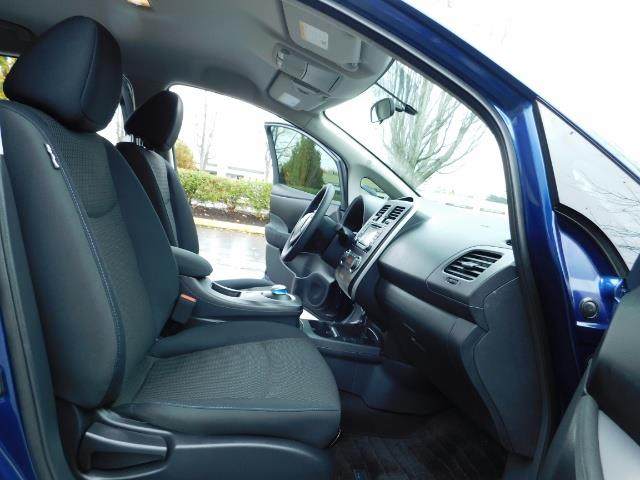 2016 Nissan Leaf S-24 / Backup camera / Quick Charge Port / 1-OWNER - Photo 17 - Portland, OR 97217