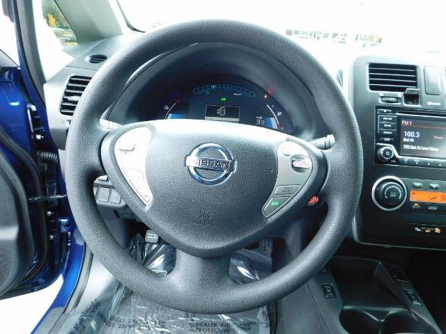 2016 Nissan Leaf S-24 / Backup camera / Quick Charge Port / 1-OWNER - Photo 40 - Portland, OR 97217
