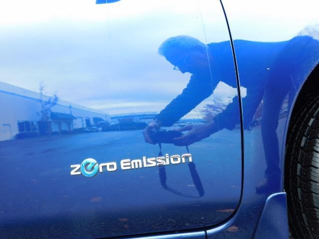 2016 Nissan Leaf S-24 / Backup camera / Quick Charge Port / 1-OWNER - Photo 47 - Portland, OR 97217