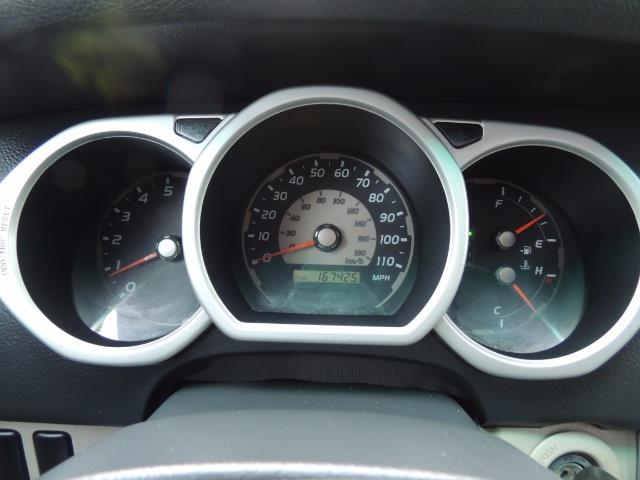 2003 Toyota 4Runner SR5 V6 / 4X4 / DIFF LOCK / LIFTED - Photo 31 - Portland, OR 97217
