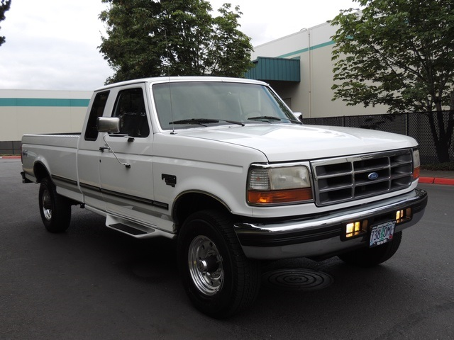 1996 Ford F-250 XLT/4X4/ 7.3L Turbo Diesel / Long Bed / Runs Excel - Photo 2 - Portland, OR 97217