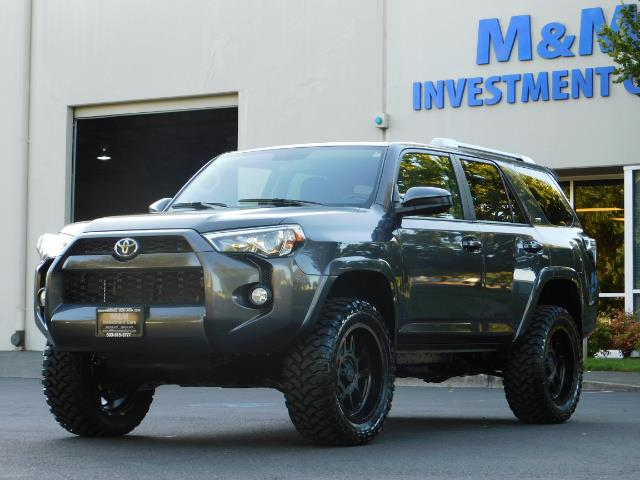 2016 Toyota 4Runner SR5 / 4WD / Sport Utility / LIFTED LIFTED - Photo 45 - Portland, OR 97217