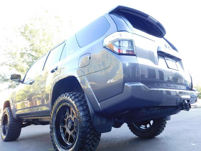 2016 Toyota 4Runner SR5 / 4WD / Sport Utility / LIFTED LIFTED - Photo 11 - Portland, OR 97217