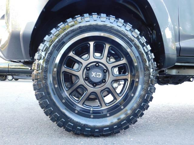 2016 Toyota 4Runner SR5 / 4WD / Sport Utility / LIFTED LIFTED - Photo 22 - Portland, OR 97217