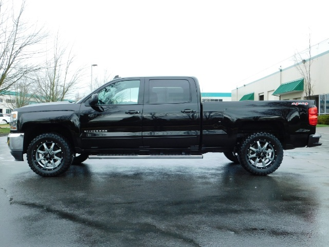 2017 Chevrolet Silverado 1500 LT / Crew Cab / 6.5Ft / 4WD / LIFTED LIFTED - Photo 3 - Portland, OR 97217